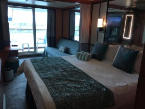 Norwegian Pearl hut