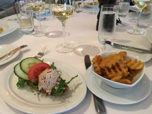 Norwegian Pearl lunch