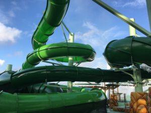 Wild Forest Aquapark glijbanen
